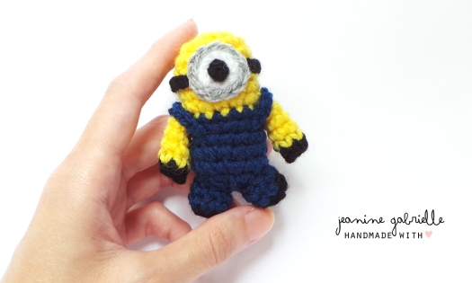 smallminion-darkblue